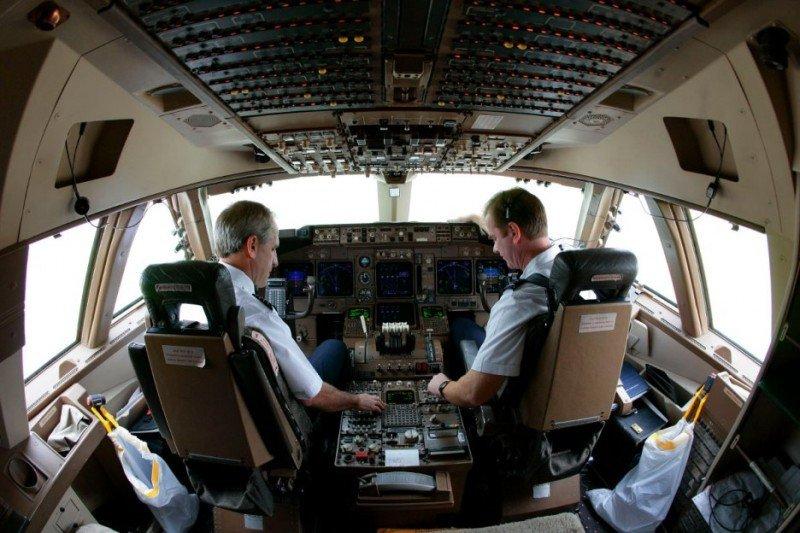 Pilotos de todo el mundo analizan en Madrid los retos que enfrenta la aviación
