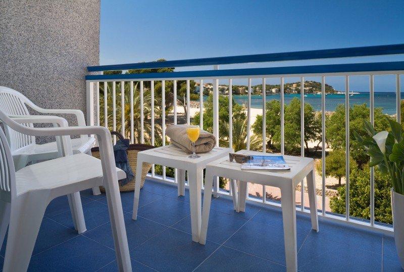 H10 compra el hotel Playas de Mallorca