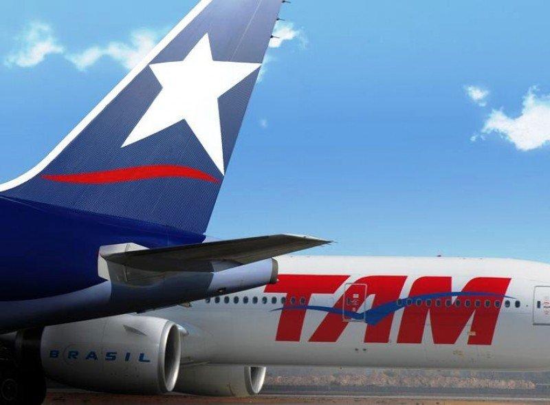 Sindicatos de LAN y TAM extienden la huelga de la filial chilena a siete países