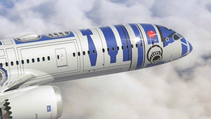 Vídeo: el Boeing 787 se convierte en una aeronave R2-D2 galáctica