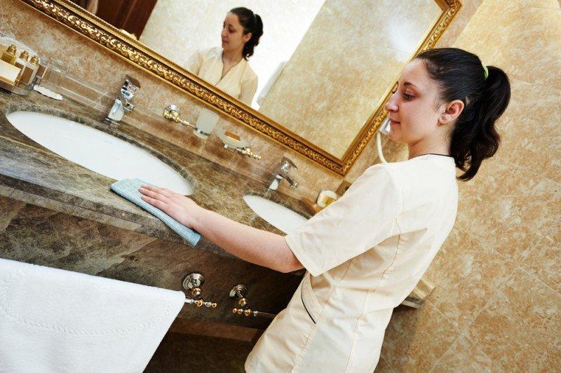 La patronal hotelera dice que vulnera la libertad de empresa. #shu#.