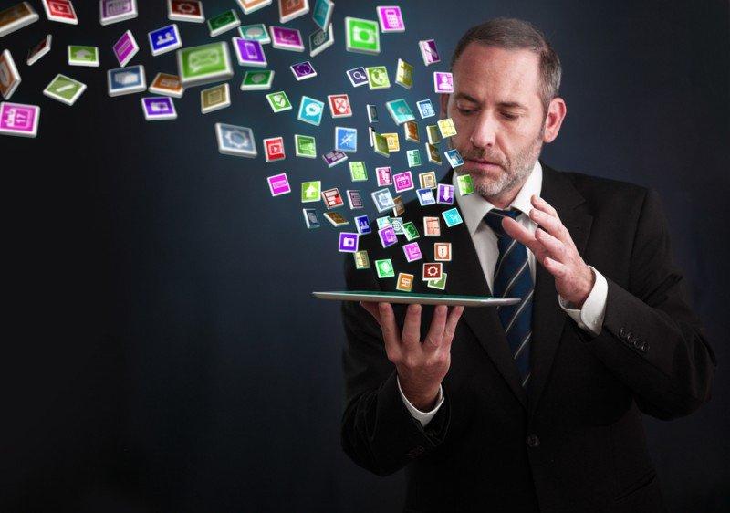 A Google le interesa potenciar el diseño responsive o mobile frente a las apps, según señala Iván Caparrós. #shu#