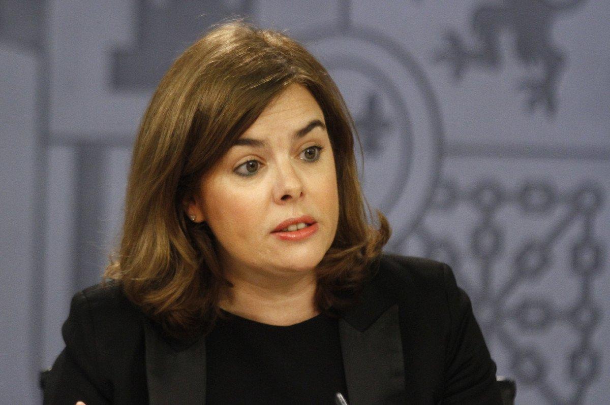 Soraya Sáez de Santamaría tras la rueda de prensa del Consejo de Ministros celebrado yaer.