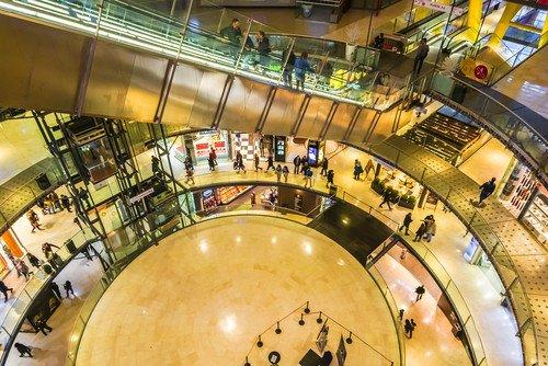 Barcelona se sitúa entre los grandes destinos de Europa en el turismo de compras. #shu#