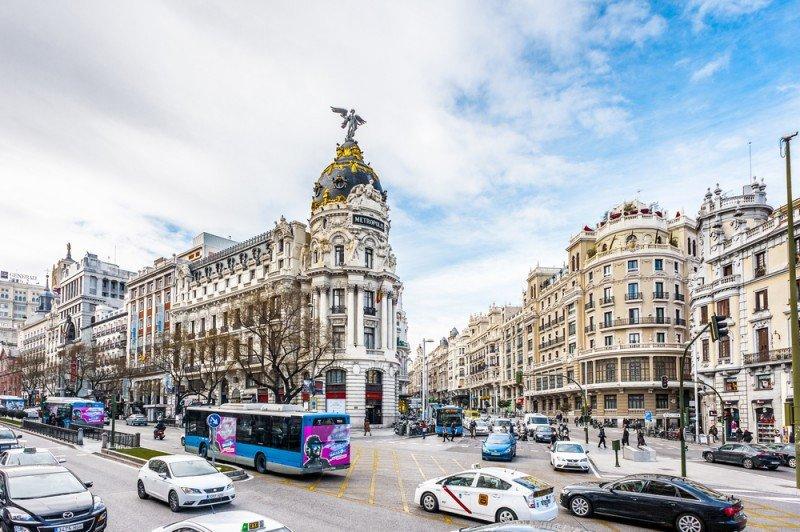 Madrid tiene los hoteles de 2 y 4 estrellas más baratos de Europa. Anton Ivanov / #shu#