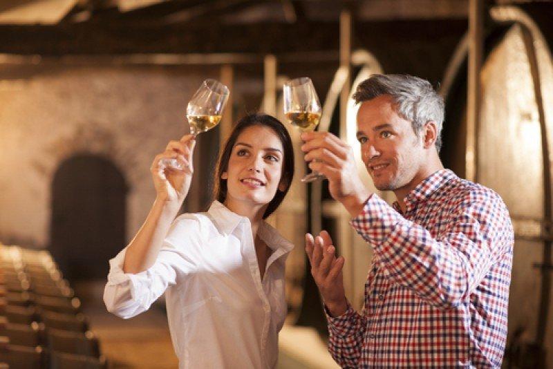 Cada vez más turistas extranjeros muestran interés por experimentar España a través de sus productos gastronómicos, acercarse al vino y vivir el estilo de vida local. #shu#