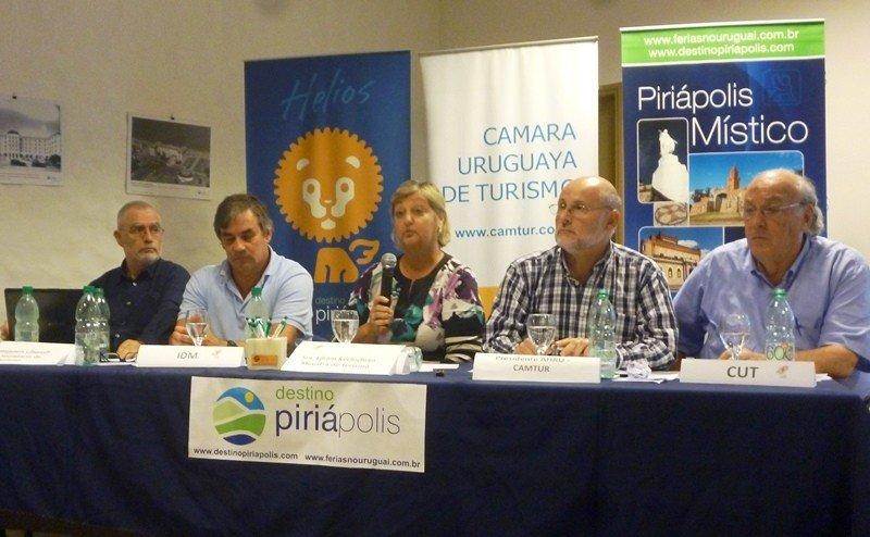 La ministra Kechichian expuso las cifras del primer semestre en la reunión de la Cámara Uruguaya de Turismo en Piriápolis.