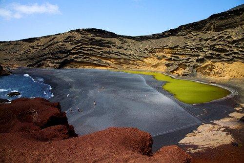 Lanzarote, primer destino del mundo en obtener la certificación de turismo sostenible | Economía