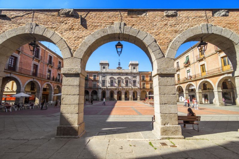 La plaza mayor de Ávila. #shu#