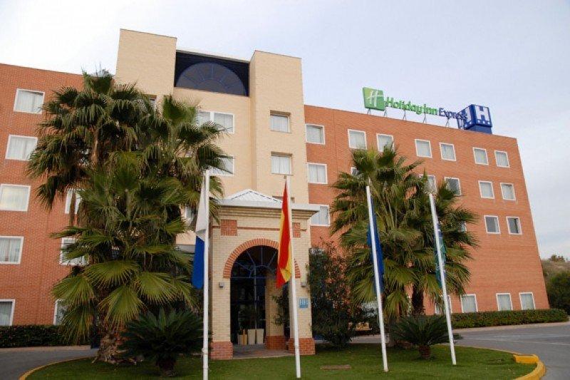 El Holiday Inn Express Alicante es uno de los dos hoteles adquiridos por el grupo francés, aunque seguirán operados por IHG.