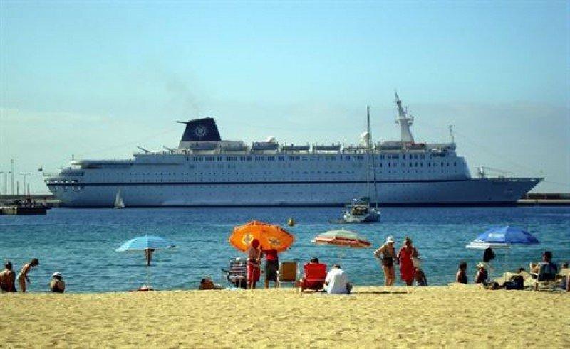 Los puertos de la Generalitat prevén un 2% más de escalas esta temporada