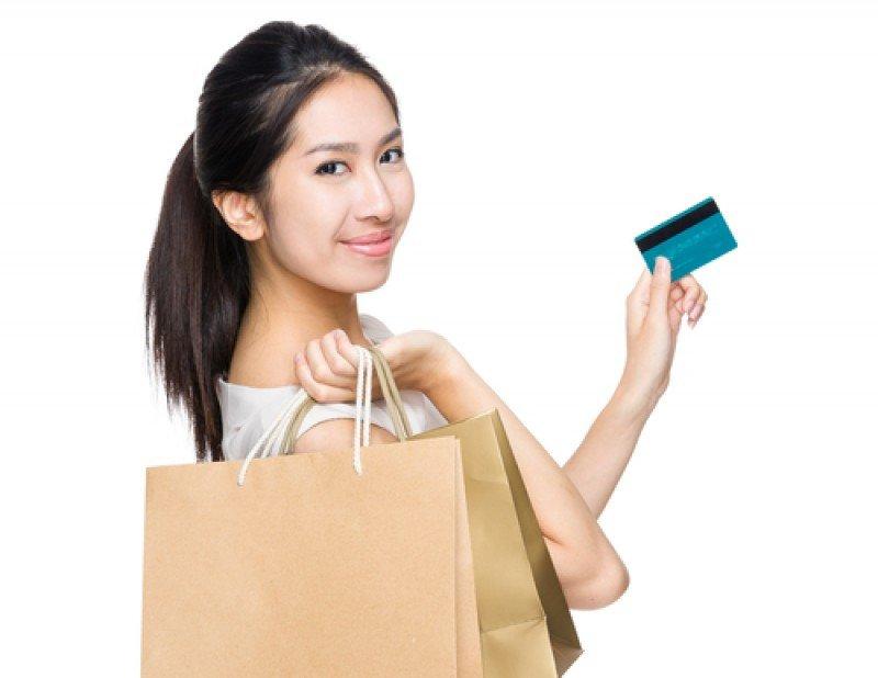 El acuerdo entre Bankia y la entidad china emisora de tarjetas de crédito ayudará a impulsar el turismo de compras. #shu#