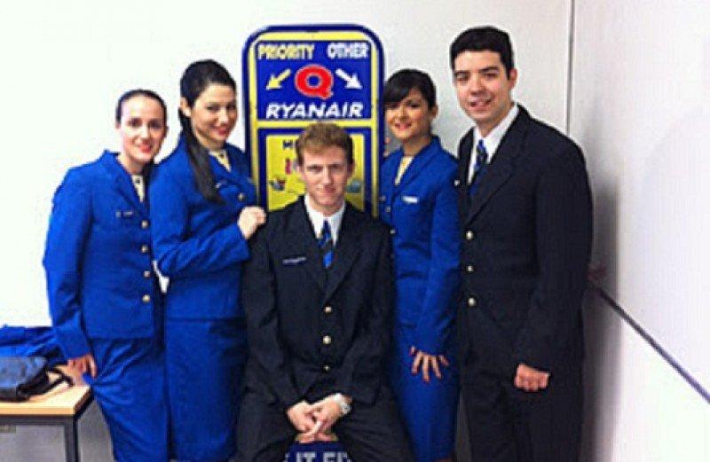 Ryanair busca en España tripulantes de cabina de pasajeros