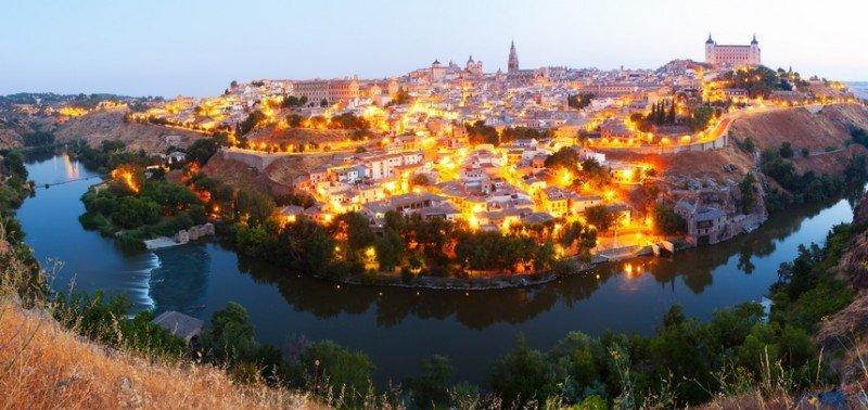 Los empresarios de Toledo quieren un mayor aprovechamiento del recurso natural del río Tajo. #shu#.