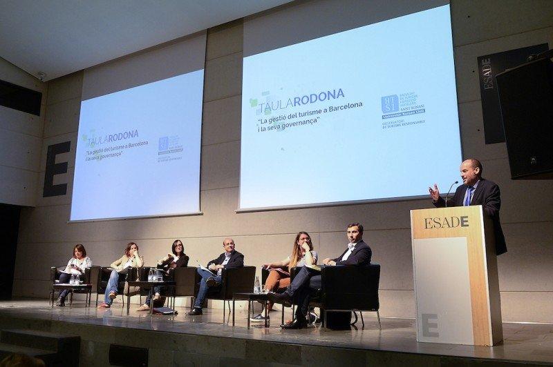 Un momento del debate organizado en ESADE por la Facultad de Turismo y Dirección Hotelera Sant Ignasi.