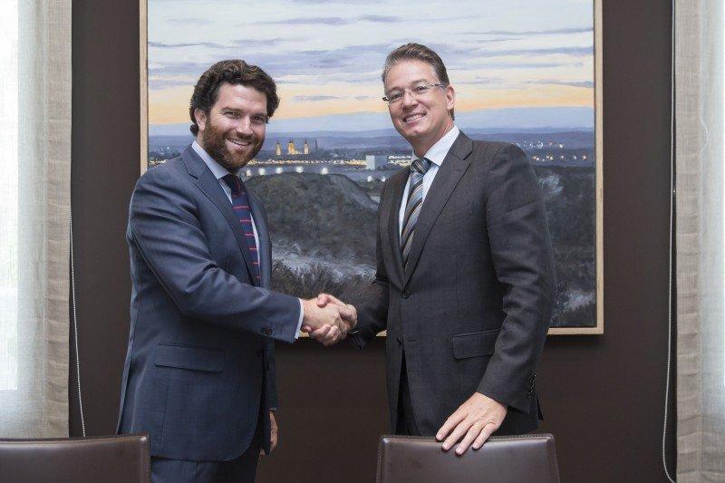 Izq: Iñigo de Yarza, presidente de Hiberus Tecnología y Consejero del Grupo Heraldo. Dcha. Paul de Villiers, director general de Amadeus España
