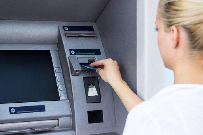 Un corralito significaría el bloqueo de depósitos bancarios y más límites a la retirada de dinero. #shu#
