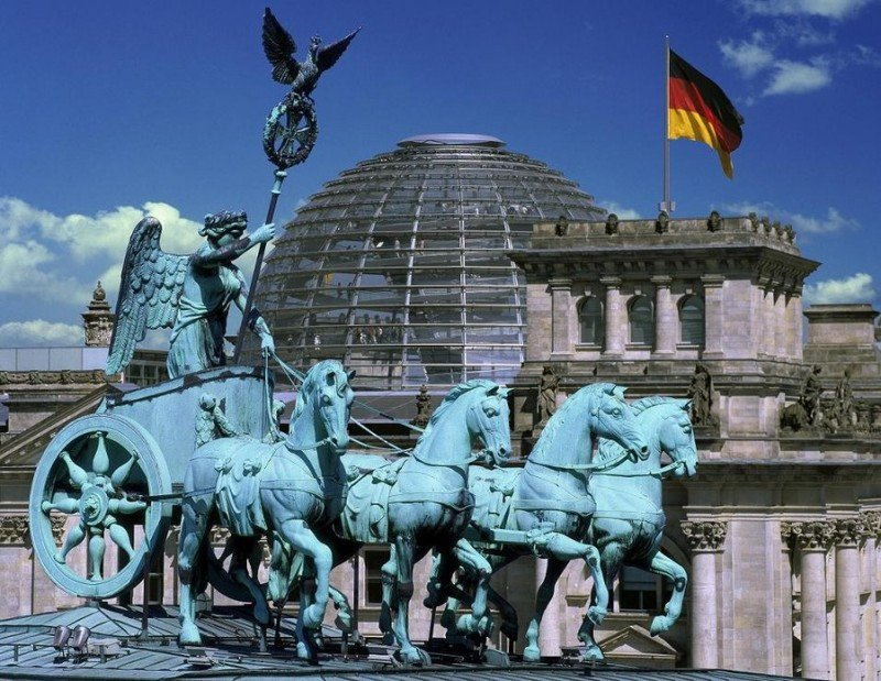 El futuro Barceló Berlín ofrecerá óptimas vistas del Reichstag y de la Puerta de Brandenburgo.