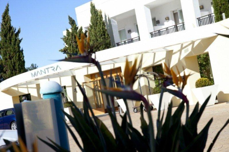 Cambio de manos para el hotel Mantra de La Barra.