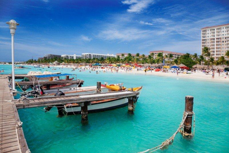 Aruba marcó el récord de un millón de turistas en 2014. #shu#
