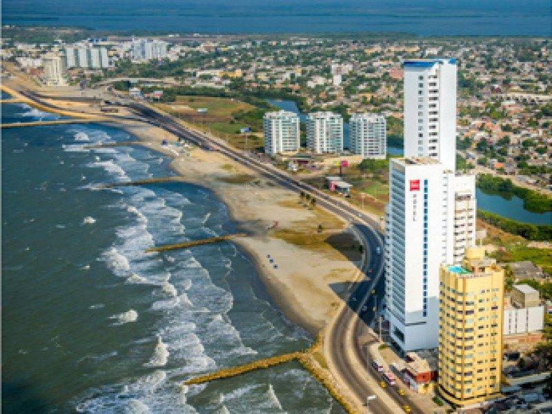 Abre tercer hotel ibis de Colombia frente al mar en Cartagena