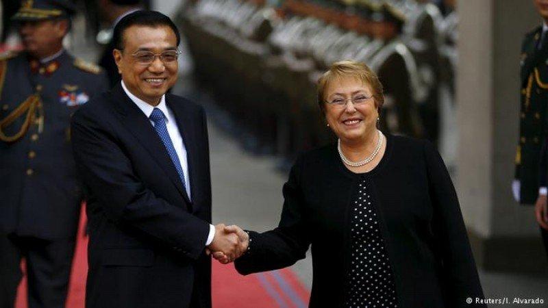 Chile y China suscriben acuerdo de gratuidad en visas de turismo