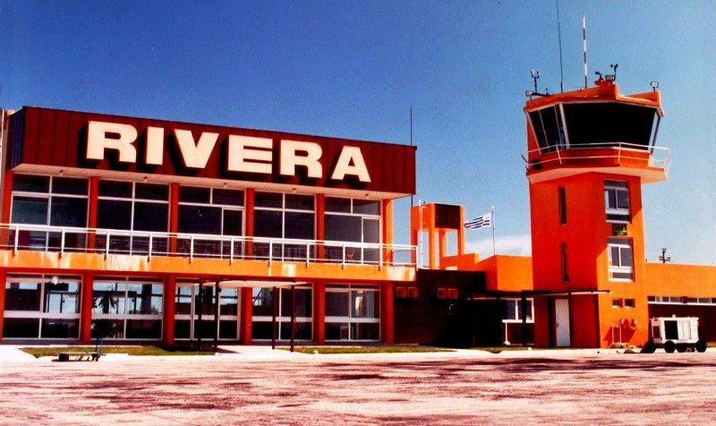 El Aeropuerto Internacional de Rivera, que no tiene tráfico regular, necesitaría ser adecuado para cumplir funciones como terminal binacional.