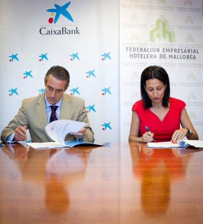 Caixabank abre una línea de crédito de 500 M € para los hoteleros de Mallorca