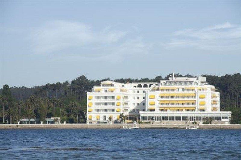 Hotusa incorpora el Gran Hotel de La Toja y el Hotel Balneario
