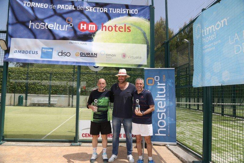 Salvador Vidal y Xisco Perelló de Iberostar, ganadores del Torneo, junto a Toni Horrach de HM Hotels.