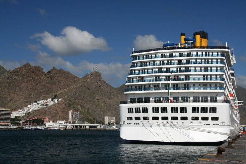 Canarias recibió un 17% más de cruceristas en 2014