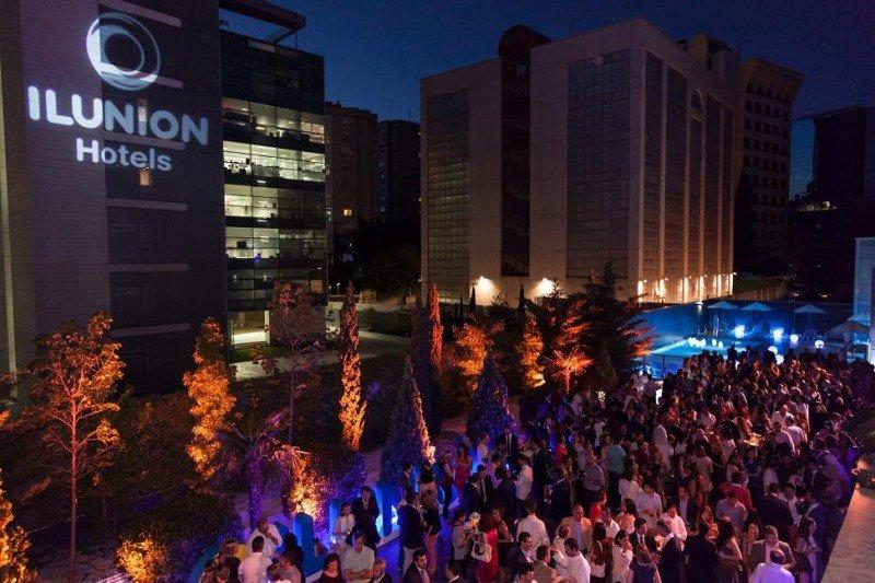 Imagen de la fiesta con la que se presentó la nueva marca de Ilunion Hotels, en el Ilunion Atrium.