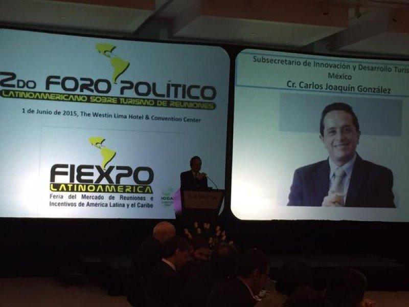 Foro Político en FIEXPO 2015.