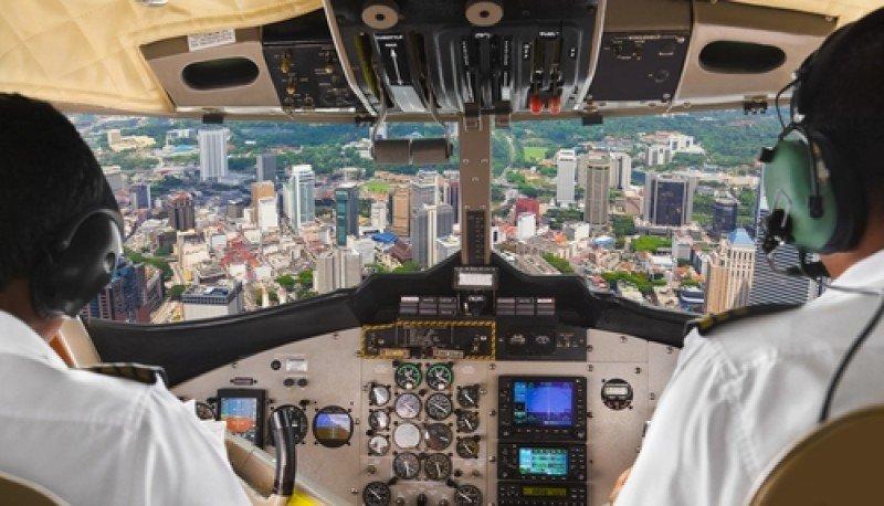 Los nuevos pilotos cobrarán la tercera parte que los pilotos en ejercicio actualmente. #shu#