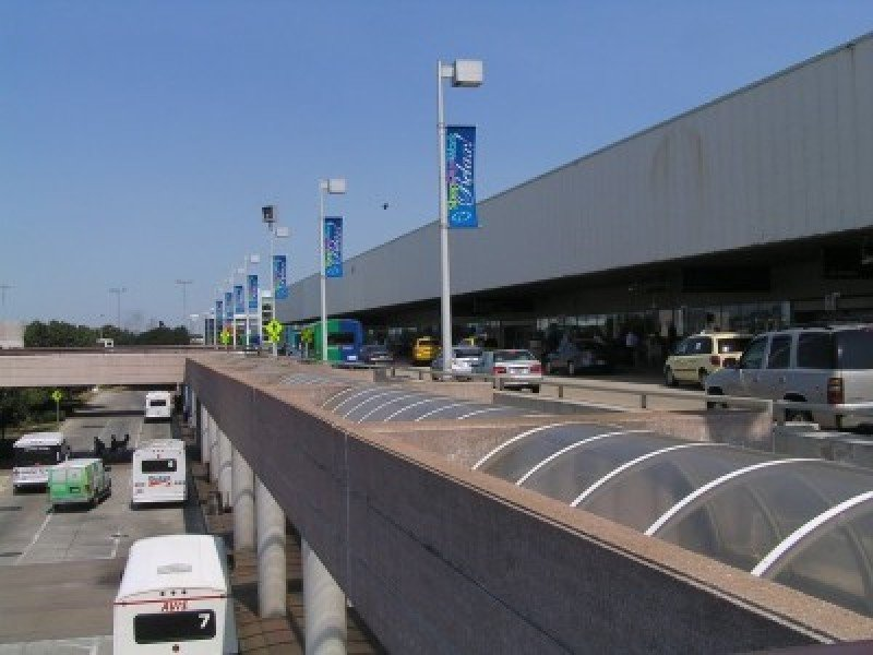 Aeropuerto Douglas Charles de Dominica.