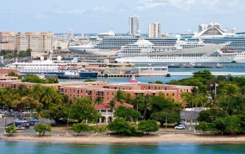 Cruceros en el puerto de San Juan. #shu#