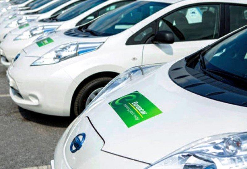 Europcar impulsa el vehículo eléctrico en Formentera y Málaga