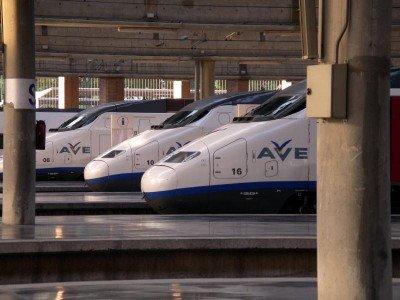 El AVE registró 7,7 millones de pasajeros hasta mayo.
