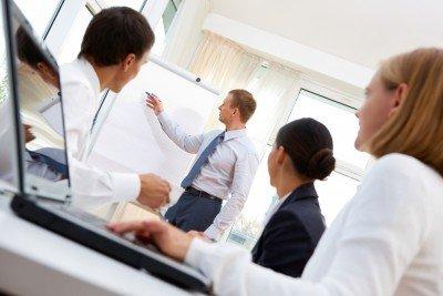 El máster pretende formar a los profesionales para el proceso de cambio que requiere la gestión sostenible. #shu#