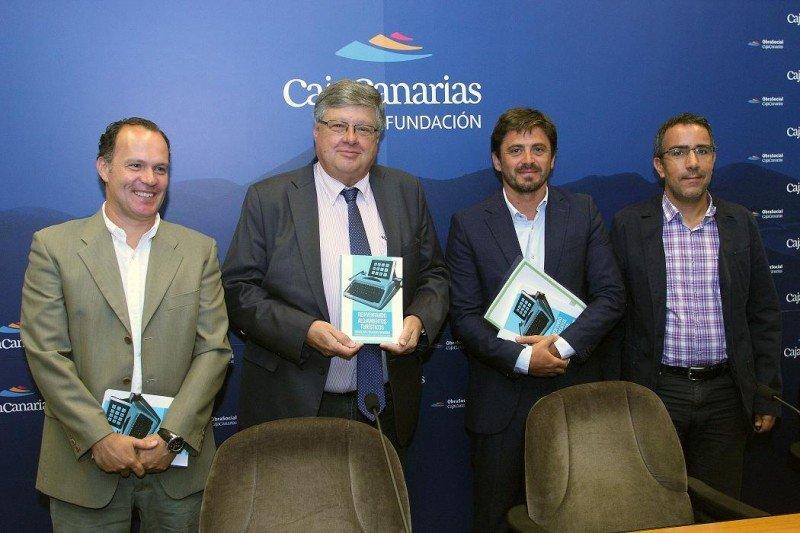 Jorge Marichal, en compañía de los autores del estudio en su presentación. Foto: ULL (Universidad de La Laguna).