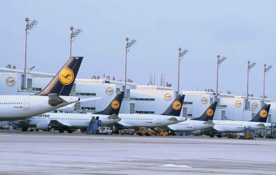 La compañía consiguió reducir un 1,6% el consumo de fuel en los aviones en 2014 respecto a un año antes. #shu#