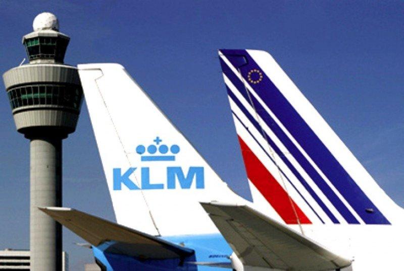Air France-KLM aumenta sus pérdidas casi un 3% a 637 M €