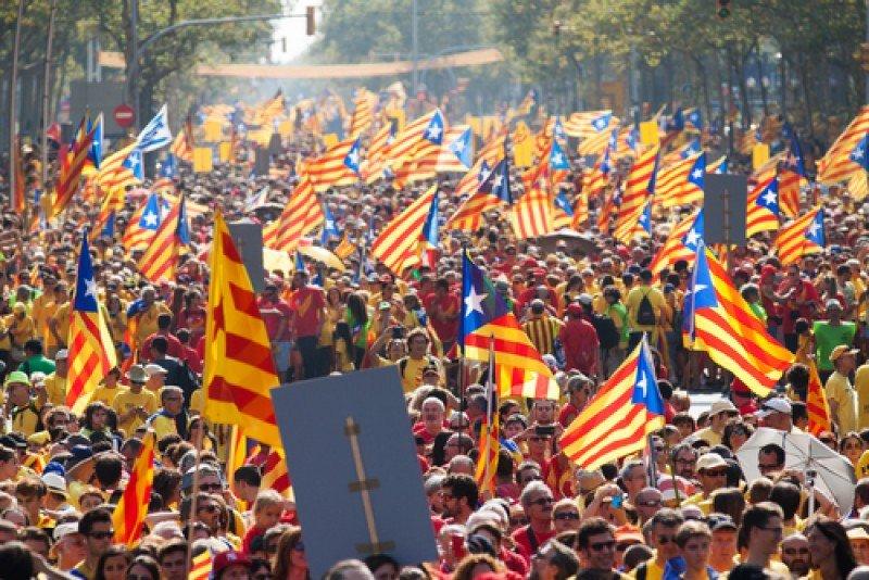 Manifestación independentista en Barcelona. #shu#