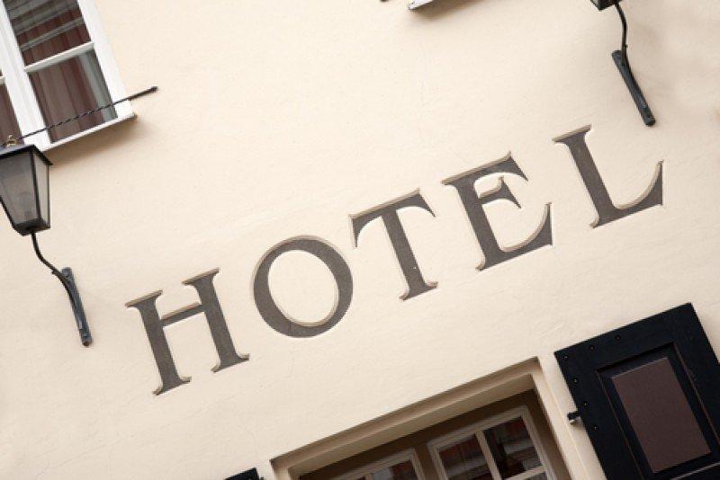 Renuevan vigencia de la financiación de tarifa eléctrica para hoteles.