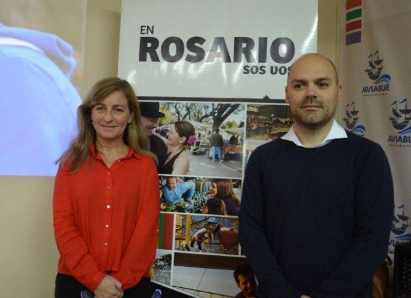 Bibiana Bocca (Directora General de Turismo de la Secretaría) y Gastón Fei (Departamento de Promoción del Ente Turístico).