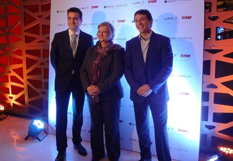 Francisco Chiari, gerente de LATAM Airlines; ministra de Turismo, Liliam Kechichian; Juan Eduardo García, gerente de Enjoy Conrad.