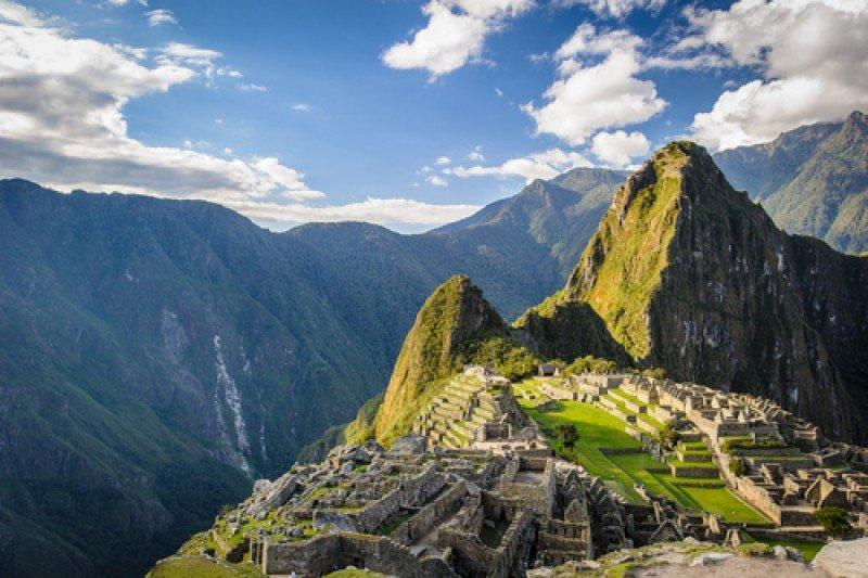 En 2017 se volverá a considerar si es necesario colocar a Machu Picchu en la lista de Patrimonio en Peligro, algo que Perú procura evitar. #shu#