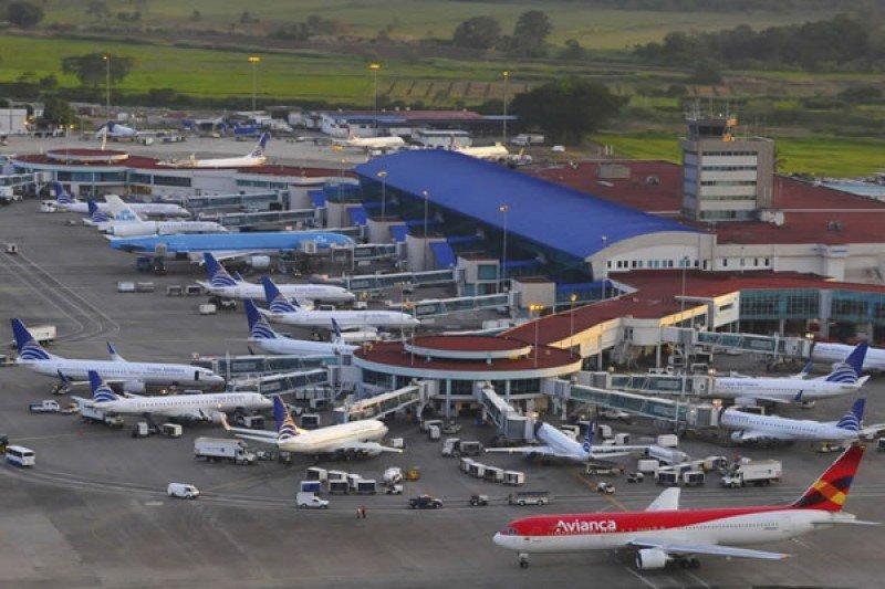 Aeropuerto de Panamá ve superada su capacidad por aumento de vuelos