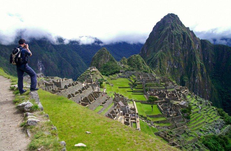 Machu Picchu recibe un millón de visitantes al año. #shu#