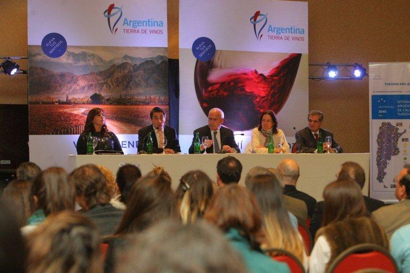 Argentina lanza Observatorio de Turismo del Vino.